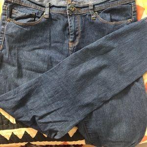 Forever 21 Ankle Lightweight Skinny Jeans